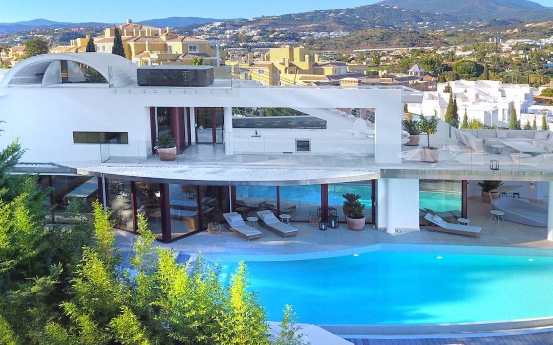 Featured Property – Nueva Andalucia Villa